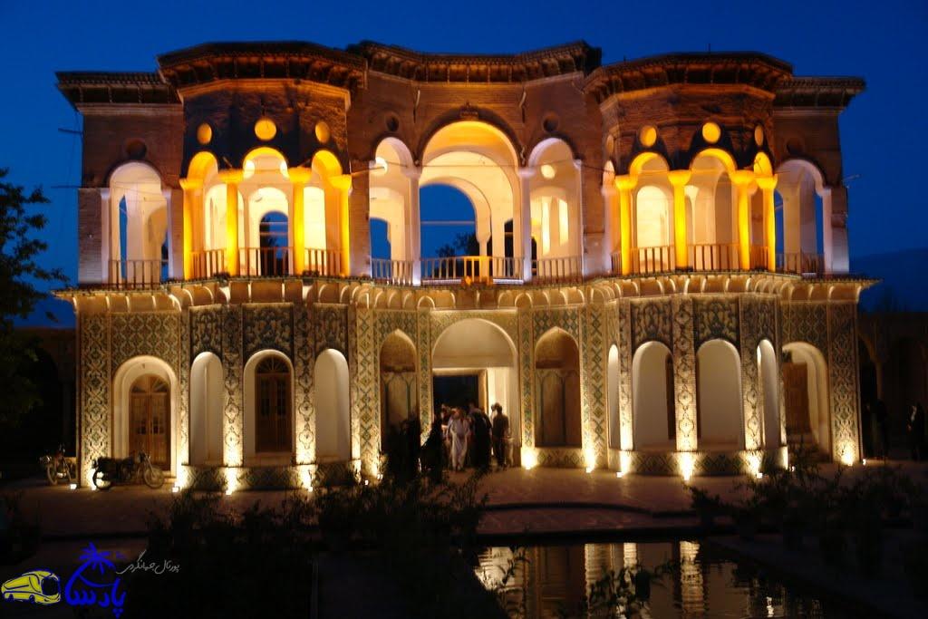 باغ شازده یا باغ شاهزاده یا باغ ماهان یکی از زیباترین باغهای تاریخی ایران محسوب میشود. این باغ در حدود ۴ کیلومتری شهر ماهان و در دامنه کوههای تیگران واقع شده و مربوط به اواخر دوره قاجاریه میباشد.