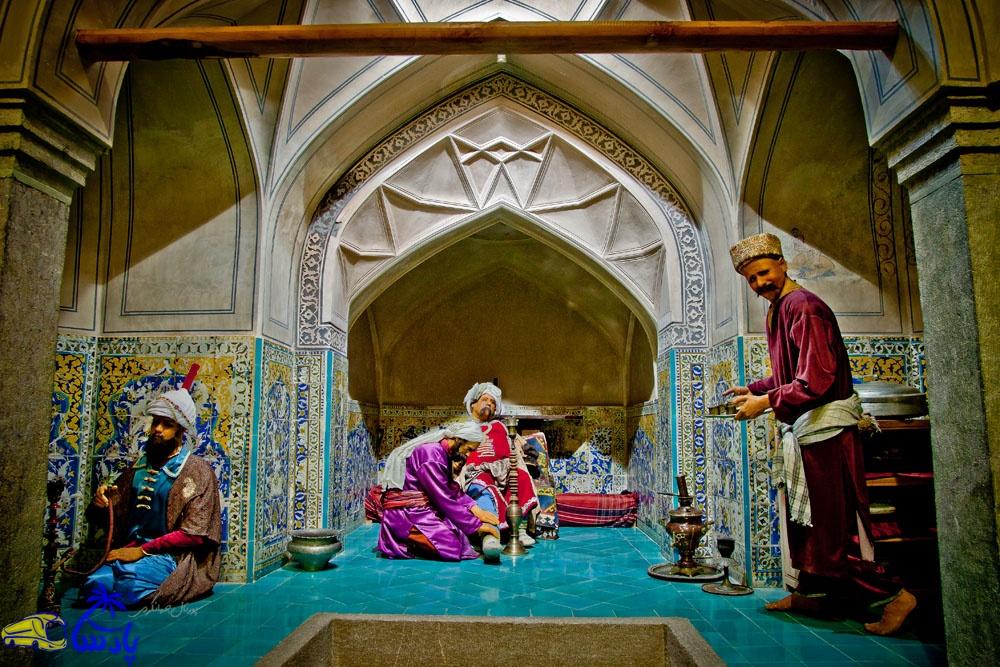 حمام علی قلی آقا در منطقه بیدآباد اصفهان به وسیله علیقلی آقا از درباریان دو پادشاه صفوی، شاه سلیمان و شاه سلطان حسین در مجموعه ای كه خود، بانی آن بوده، به سال 1125 هجری قمری ساخته شده است.